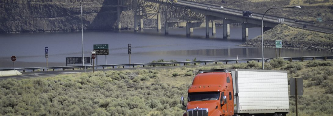 Tightened credit standards: a worrying sign for the trucking industry?